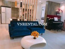 Central Garden spacious modern apartment for rent in District 1, HCMC